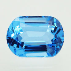 Swiss blue topaz - 20.89 ct