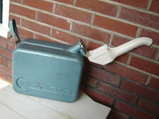 10 litre Dilo metal Jerrycan with spout, from the 1970s