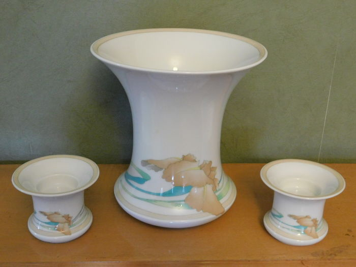 Hutschenreuther - Decorative porcelain vase 'Estoril' by Leonard Paris and 2 candle holders