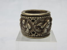 Ring with rotating inner ring with depictions - Northern Himalayas - 2nd half of 20th century