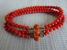 3-strand precious coral bracelet with base metal clasp