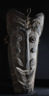 "Gable mask of a ""big men"" house from the village of Torembi - Sawos - Middle Sepik - Papua New Guinea"