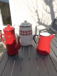 3 old coffeepots in red or white enamelled iron