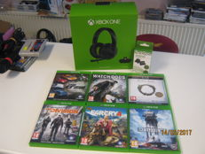 6  Xbox one games incl original microsoft Headphone and rechargeable battery pack.