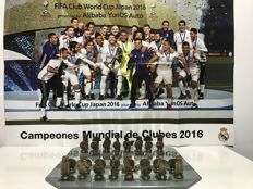 Real Madrid official chess set - World Champions