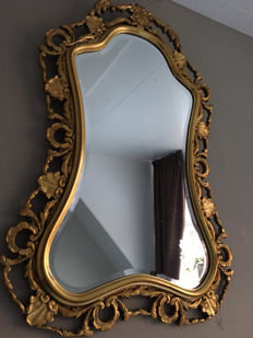 Beautiful solid wooden carved Italian crest mirror