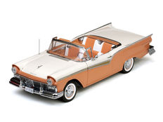 Sun Star - Schaal 1/18 - Ford Fairlane 500 Skyliner 1957 (met folding roof)