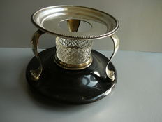 Silver chafing dish with pearl rim on black stones base with ball feet, Netherlands, 1888