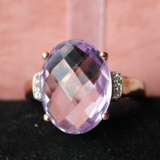 Vintage Sterling Silver + Rosé gold plated ring with oval facetted light pink Amethyst approx 15,8x12mm. Excellent condition.