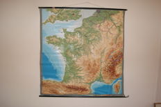 Old 3D map/school poster - France + Corsica (relief)