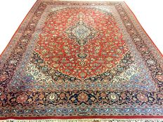 "Dreamy beautiful Persian carpet Kashan/Iran 410 x 295 cm - 20 th century. Signed ""MEHDI"""