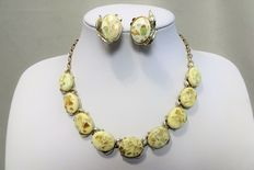 Signed CORO - Demi Parure - Light Yellow Pearlized Lucite (Thermoset) Necklace and Earrings