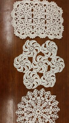 Lot of 3 doilies from an Italian private collection, around 1925