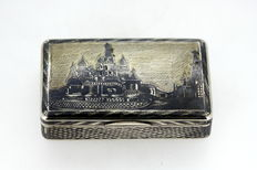 Antique Russian Silver and Niello Snuff Box With Decorated Russian Old Town / Kremlin, Moscow 1850