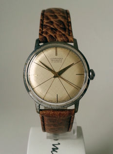 JUNGHANS Trilastic mechanical men's watch from the 1960s.