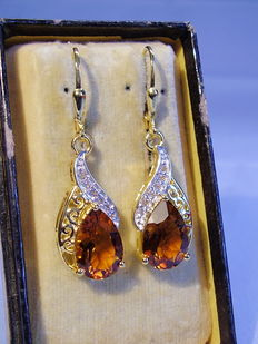 Earrings with facetted Madeira citrine droplets and white topazes