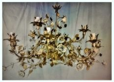 9-light chandelier with special decorations in gold leaf and French gold - Italy, 21st C