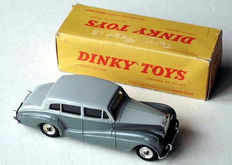 "Dinky Toys - Scale 1/43 - Rolls-Royce ""Silver Wraith"" No.551"