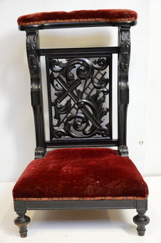 A William III black polished walnut prie-dieu - the Netherlands - circa 1870