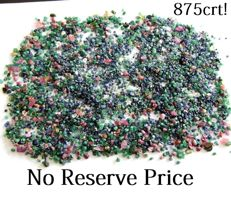 Huge batch of rough Ruby, Emerald, Sapphire and diamond gemstones - 175.3 gm - 875ct