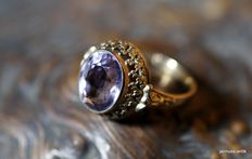 Ring 8 kt yellow gold - with amethyst