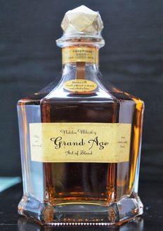 Nikka Whisky Grand Age (Discontinued edition)