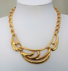 Signed NAPIER - Very Chic/Classical gold plate Necklace