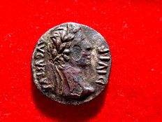Roman Empire - Augustus (27 B.C. - 14 A.D.) fouree denarius (3,14 g, .18 mm.) minted in Lugdunum. 8 B.C .IMP • XIIII