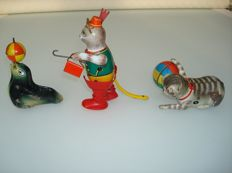 Köhler, Lehmann, US Zone - Western Germany/Jain, France - Length 6-12 cm - lot with 3 tin animal figures with frictional/clockwork motor, 1950/60