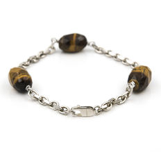 Silver bracelet with tiger's eye and silver clasp. ***No reserve***
