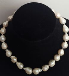 Necklace big freshwater cultured baroque pearls with 925 sterling silver brooch