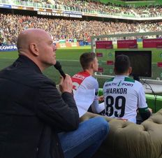 Play FIFA 17 in a full Noordlease Stadium against the official eSporter of FC Groningen Absalom Warkor