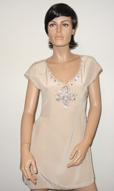 Ted Baker - gorgeous, silk dress with wonderful decoration, a real eye-catcher