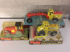 Dinky Toys - Scale 1/48 -  Lot with Road Grader No.963, Aveling Bareford Roller No. 279 and Michigan Tractor Doozer No. 976