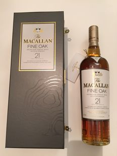 The Macallan 21 years fine Oak bottled in the 2000's - boxed