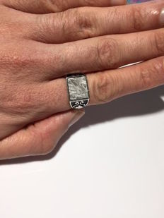 Meteorite ring muonionalusta opening silver Widmanstatten patterns 10*12mm