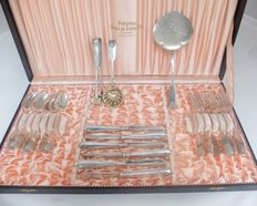 Solid silver cutlery set, 6 persons fruit, dessert, breakfast, cheese with serving pieces, Finland, first half 20th century, 21 items