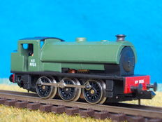 Graham Farish N - 101B - Steam locomotive 8826 NS of the State owned mines