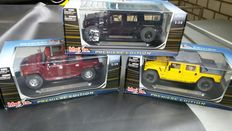 Maisto - Scale 1/18 - Lot with 3 models: 3 x Hummer - Black, Burgundy & Yellow