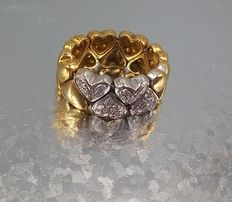 18 kt ring gold with diamonds totalling 0.24 ct – Size: 17