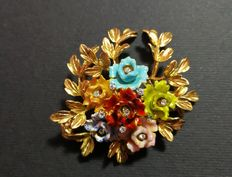 Brooch in 750 gold with enamel and diamonds