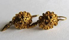 Handmade gold earrings with smooth droplets Approx. 1870