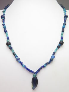 Necklace of Roman glass beads - 52 cm