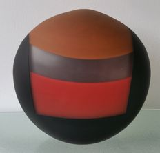 Integrated Thirds (Dale Roberts) - contemporary glass sculpture