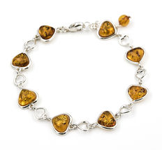 Heart design bracelet in silver with amber stones ***No reserve***