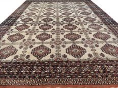 "Large Bukhara – 300 x 221 cm – ""Persian carpet – 100% wool – In beautiful condition"" – Please note! No reserve, bidding starts at €1"