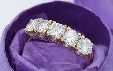 Beautiful diamond ladies' ring 585 / 14kt yellow gold with 5 brilliants - approx. 1.0ct in total brilliant in TW VSI