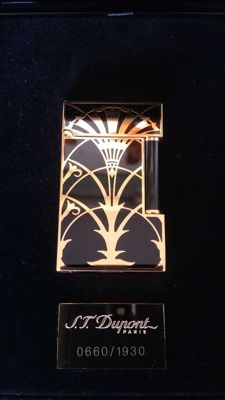 Lighter ST Dupont line 2 Art Deco n ° 660/1930