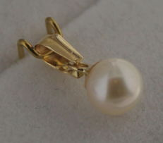 Yellow gold pearl pendant of 14 kt