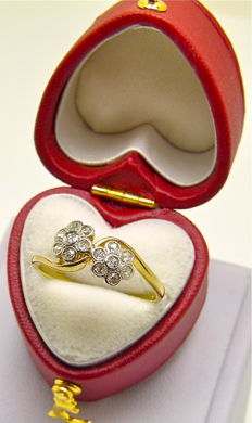 "French antique ""toi & moi"" ring 18 kt gold and platinum set 14 old cut diamonds 0.35ct."